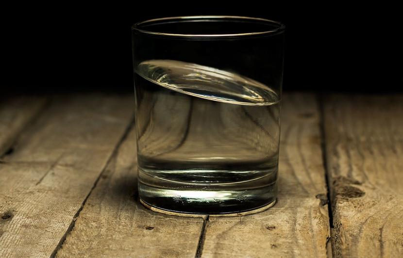Eau osmosée, carafes filtrantes... «60 Millions de consommateurs» pointe  les dangers de cette eau «trop pure»