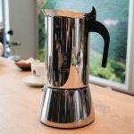 Accueil / Machines à café / Cafetières italiennes / Cafetière italienne  induction Bialetti Venus 10 tasses