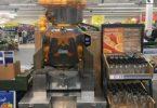 Photo de Tesco Watford Extra - Watford, Hertfordshire, Royaume-Uni. Fresh  OJ. N. M. · Fresh OJ machine ...